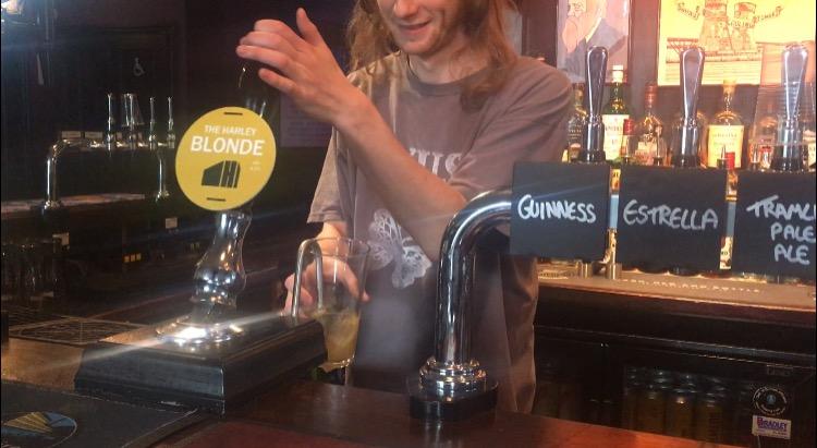 Pub closures 'threaten the happiness of communities'