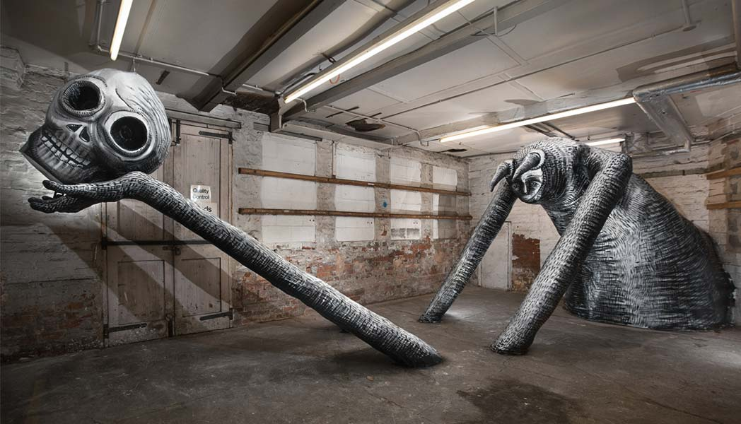 Spectacular 3D sculpture exibition created by the 'Sheffield Banksy'