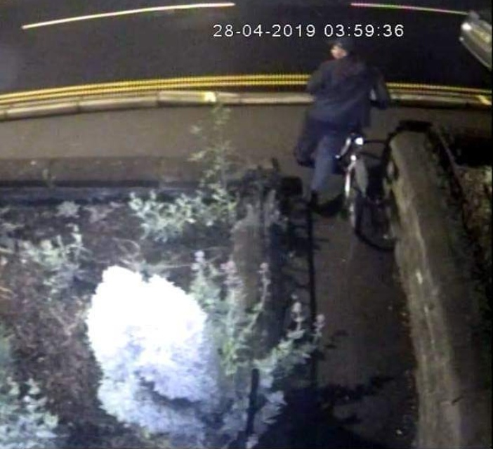 A group in Walkley has started patrolling the streets at night after a spate of burglaries in the area.