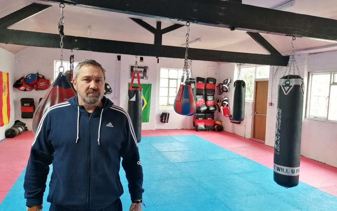 Sheffield martial artist offers free self-defence classes for fearful dog walkers