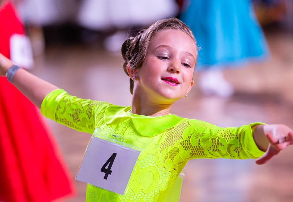 A young Barnsley dancer continues to succeed despite of the pandemics