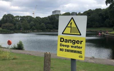 Swimmers flock to dangerous Sheffield pond ignoring warnings